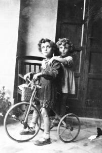 1932, Carla ed Olga Giannini