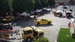 Gli stand delle associazioni in piazza