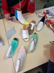 Le scarpe create dai ragazzi
